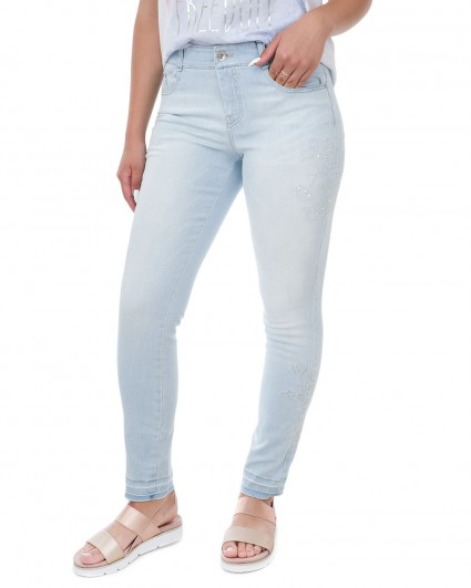 Jeans are female 670291-162/8