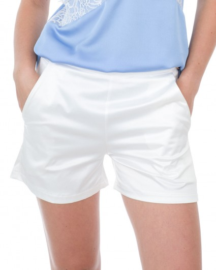 Shorts are female 0037688004/7