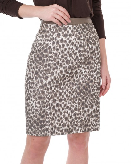 The skirt is female 2805-91432-91001