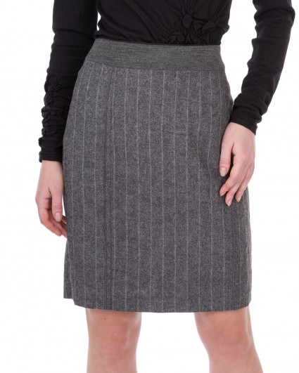 The skirt is female 2784-22151-65201