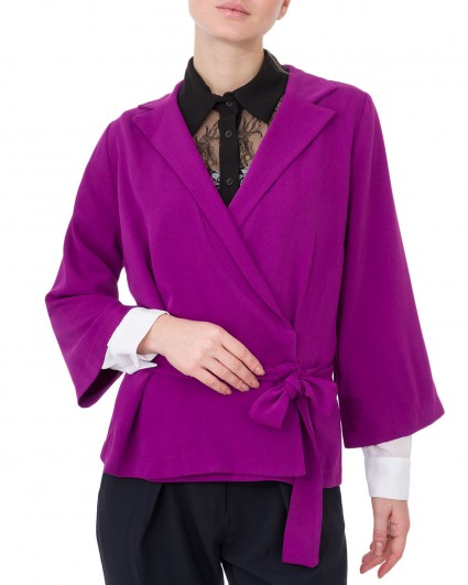The jacket is female 0040582004/8-91