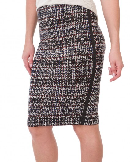 The skirt is female 621511-099/19-20-3