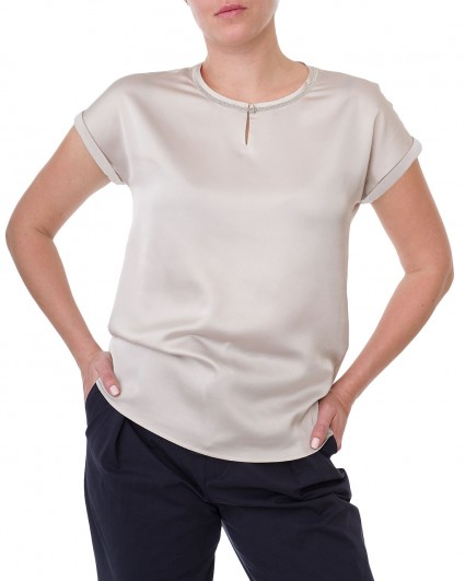 The blouse is female 68346-7004/20