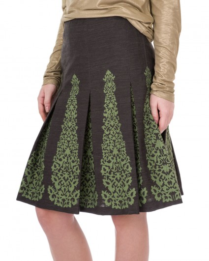 The skirt is female 71840-7306-57000
