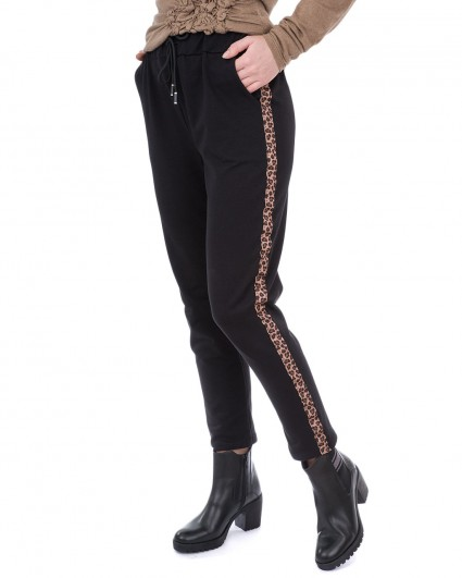 Trousers are female 13180058/8-9