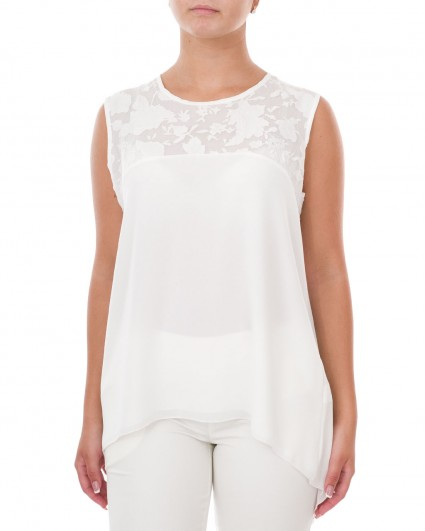 The blouse is female 60017/7