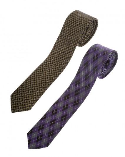 Tie is man