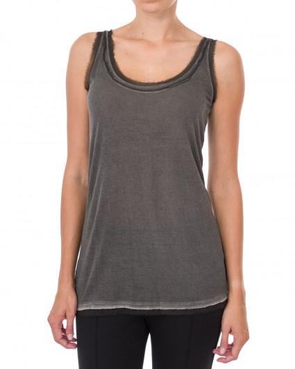 The undershirt is female 663119-880