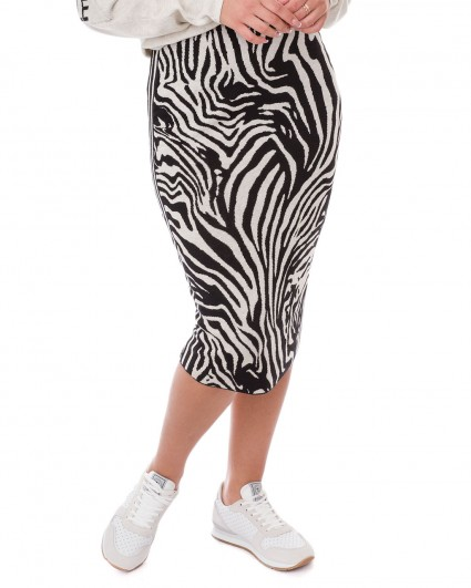 The skirt is female 65859-109/19-20