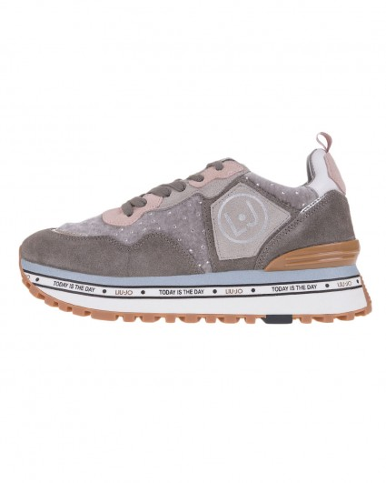 Sneakers are female BXX051-PX0660-1072/19-20-2