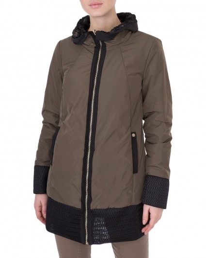 The jacket is female 91215012/6-7
