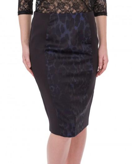 The skirt is female 72148