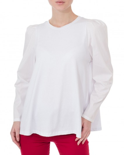 The blouse is female 3625/7-81
