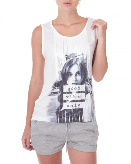 The undershirt is female 138305-бел./9