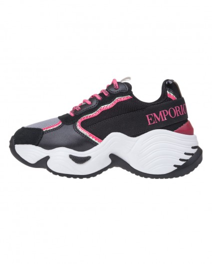 Sneakers are female X3X088-XM059-R541/19-20