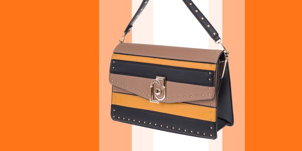 Женские сумки и рюкзаки