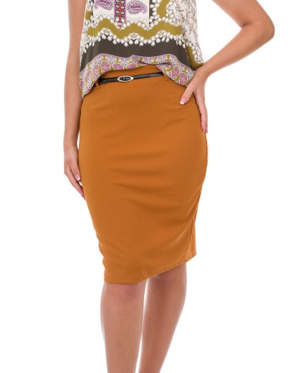 The skirt is female 3132/7