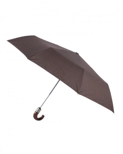 The umbrella is man