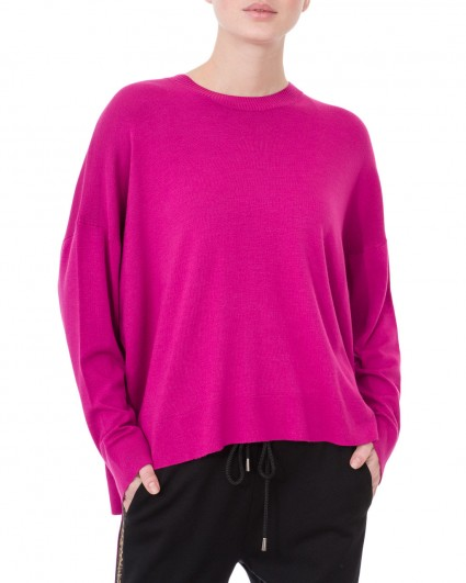 The jumper is female 1906-172-526/19-20