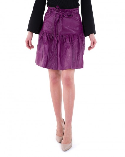 The skirt is female 0040395004/8-91