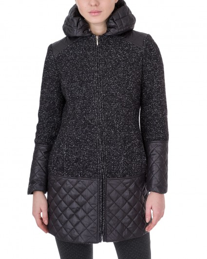 The coat is female Wool Golona/8739