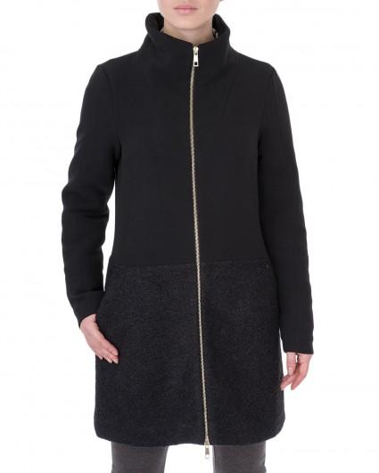 The coat is female Iceberg-nero/5-6